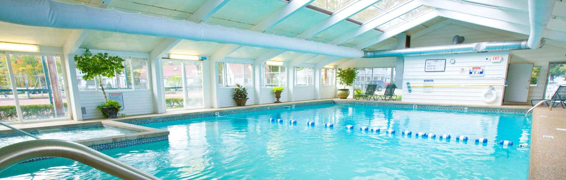 Pool at eastern slope inn