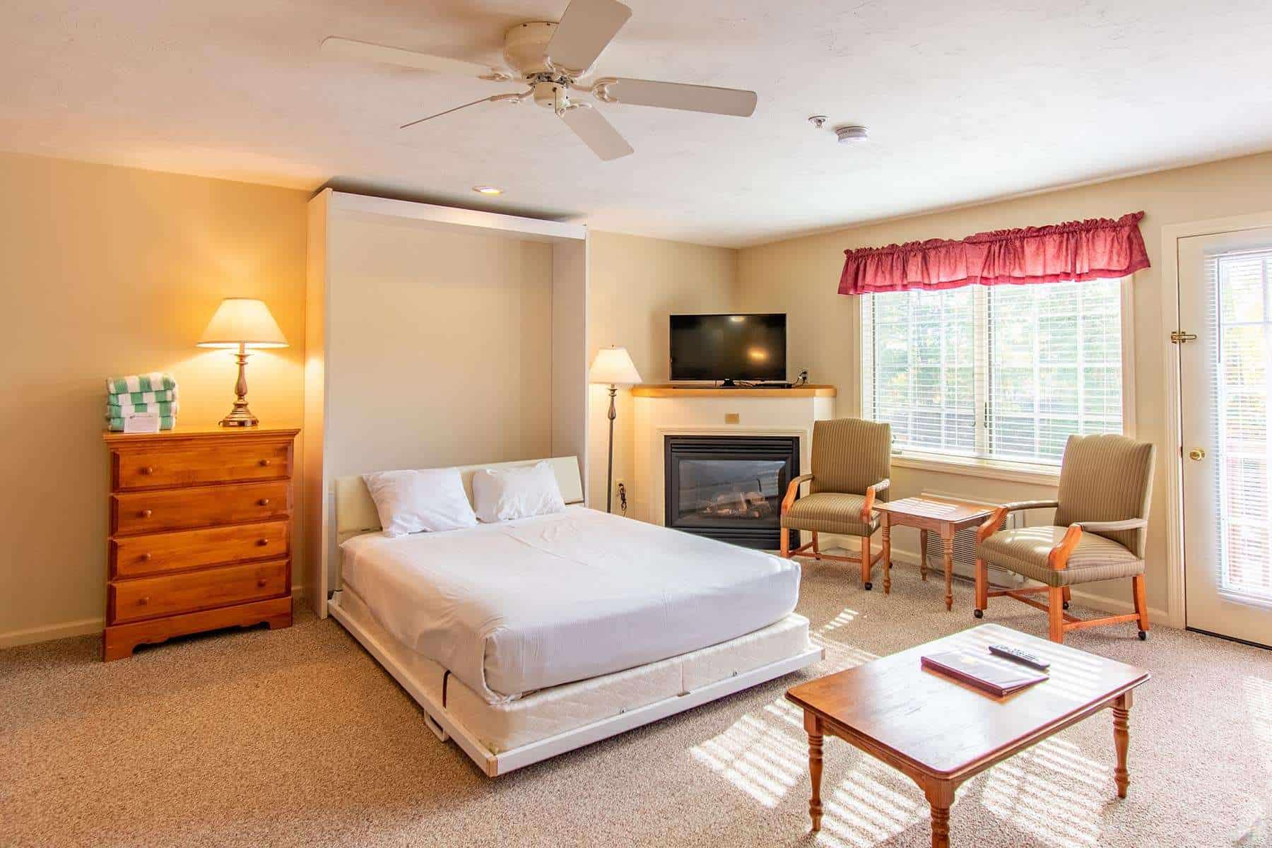 Deluxe 1 Bedroom ECSD4