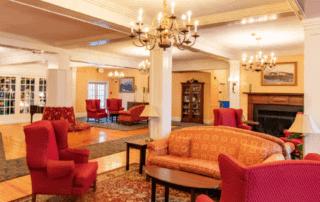 Eastern Slope Inn Lobby